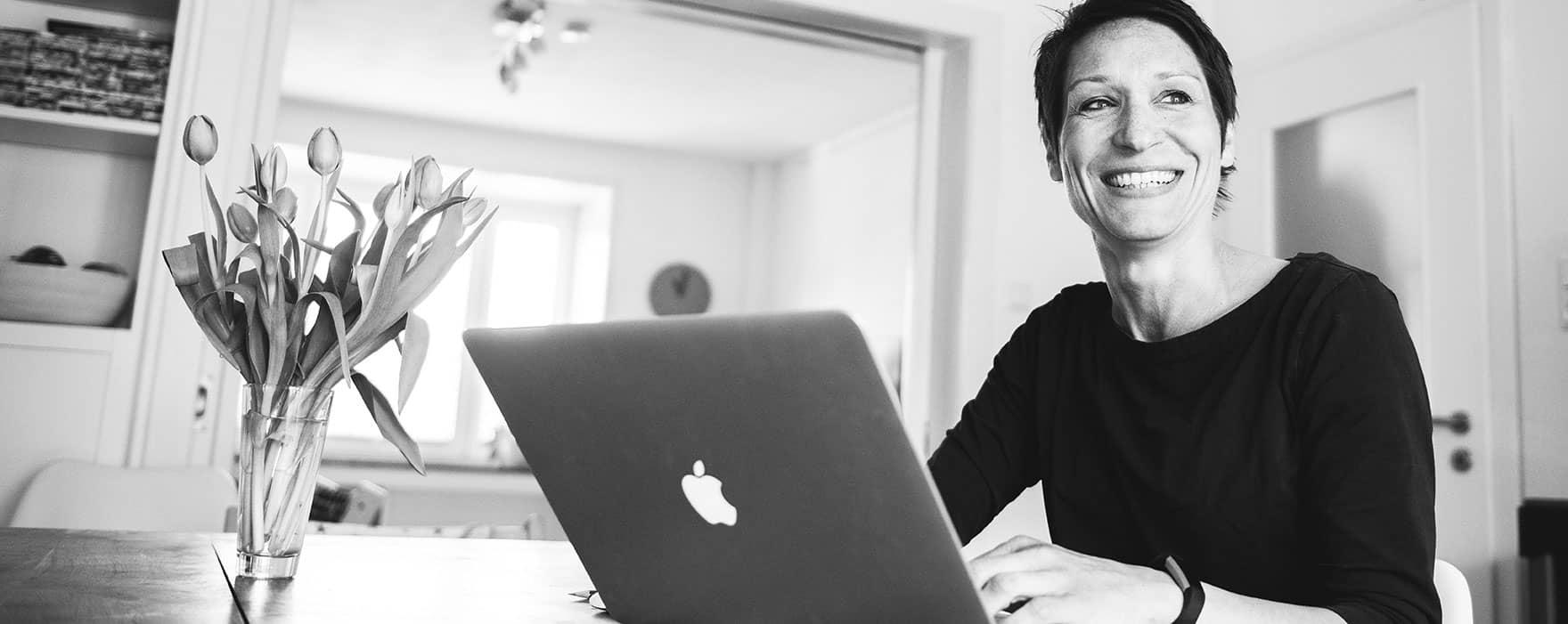 SEO Texter Inga Symann erstellt Texte für Websites