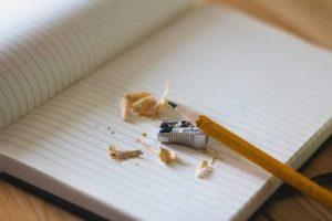 Lektorat und Korrektorat mit spitzem Bleistift